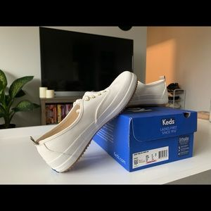 Scout Trek SPL White (waterproof) Keds